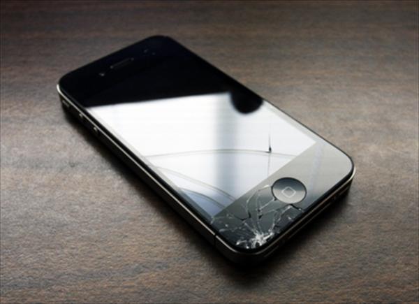 замена экрана iphone 4S в Москве