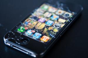 замена стекла на iphone 4s