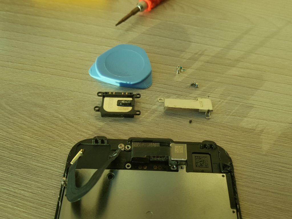 Тихо работает динамик iPhone 7